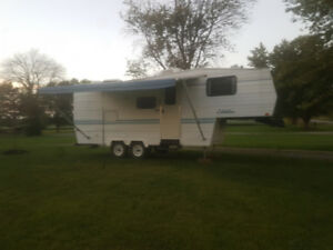 1996 24' citation fithwheel house trailer
