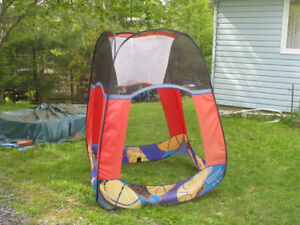 Pop up play tent that can be used for shade and through balls