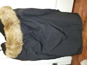 Brand new never worn Canada goose for women