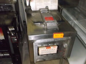 Pressure Fryer - Electric,  #913-14
