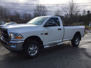 2012 Dodge Power Ram 2500 SLT Camionnette