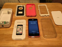 iPhone 5C 16 GB with Otter Box Defender Case !!!