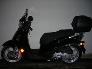 scooter kymco comme neuf