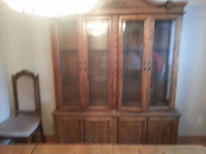 Dining Table/Hutch/Buffet