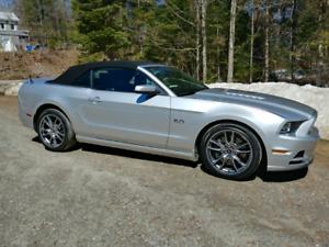 Ford Mustang GT Premium convertible 2014