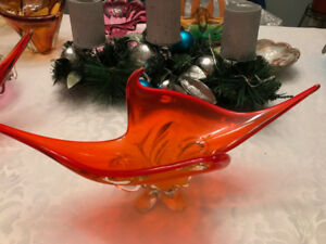 "Hand Crafted Orange Chalet / Lorraine Art Glass Bowl (18"" long)"