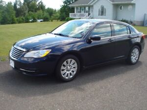 2014 Chrysler 200-Series Sedan