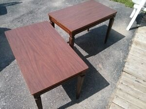2 Tables