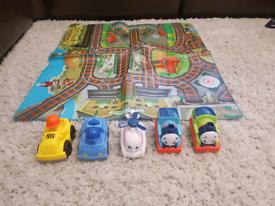 Thomas the Tank engine 3 figures + play mat + 2 police car