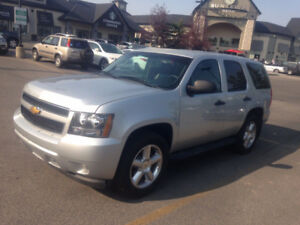 2011 Chevrolet Tahoe SUV, 5.3l engine 4x4
