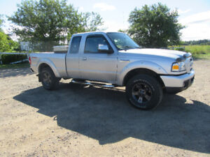 ONLY 120 K!!!!EXCELLENT CONDITION FORD RANGER 4X4!!