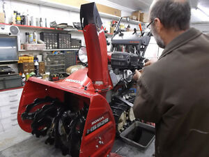 Experienced Service for all Honda Snowblowers Moose Jaw Regina Area image 2