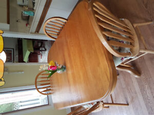 Oak kitchen table and chairs.