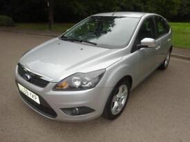 2009 09 Ford Focus 1.6 ZETEC Automatic Petrol Hatchback In Silver