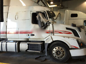 2016 VOLVO VN630 PARTING OUT
