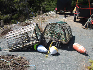 NICE OLD WOODEN LOBSTER TRAPS - Round Real Used Traps