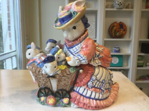 MRS. RABBIT and BABIES COOKIE JAR -  FITZ AND FLOYD