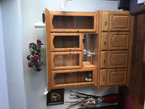 """Solid Oak Buffet and Hutch. Made in Canada. 76""""x65""""x17$335 obo"""