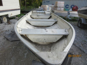 14 feet aluminum fishing boat