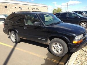 1999 black Chevy blazer