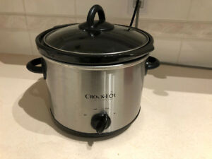 Crock pot (slow cooker) $15