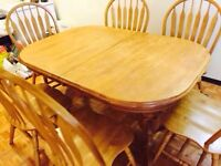 Oak dining set and a cabinet(6 chairs and extension)