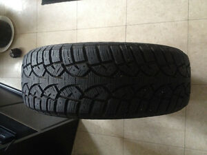 General Altimax Arctic 195/60-15 95% tread