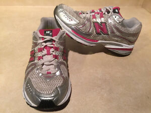 Women's New Balance Abzorb TS2 Lite Running Shoes Size 7 London Ontario image 5