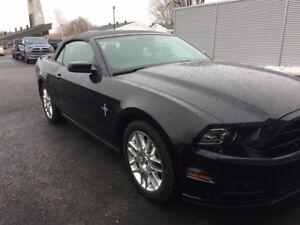 Ford Mustang Convertible V6 Premium 2014