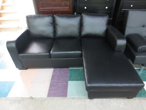 BLACK BONDED LEATHER SECTIONAL (REVERSIBLE CHAISE) - EXMOUTH