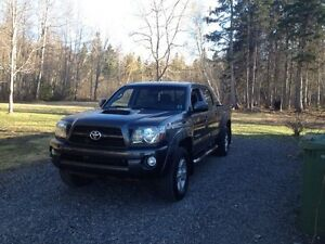 2011 Tacoma TRD w/leather