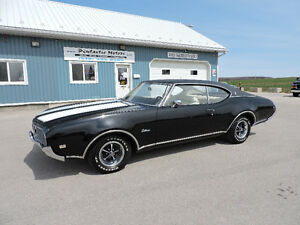 1969 OLDS CUTLASS SUPREME, 350 ROCKET, AUTOMATIC