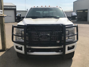 2017 Ford F-350 Platinum Pickup Truck