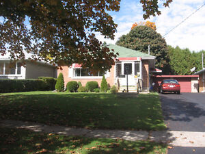 Detached house in Victoria / Belmont area