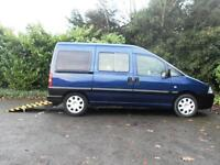 Peugeot Expert 2.0 HDi Wheelchair accessible vehicle 5 seats **WINCH**