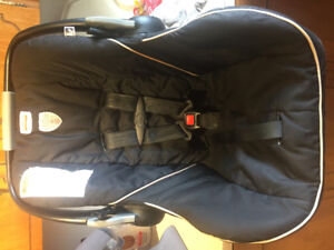 Free Britax Car seat and 2 bases