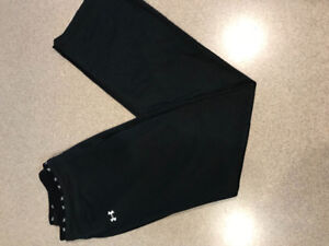 Women's Under Armour Pants - med
