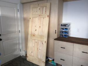 """32"""" Solid Pine Door"""