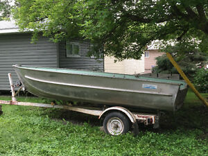 14.5' aluminum boat with trailer