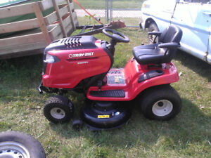 2012 Troy-built riding lawnmower