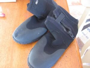 Neo Sport shoes boots kayaking, wakeboarding, diving