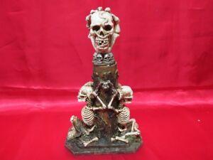Couteau tète de mort et squelettique de collection
