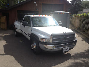 1999 Dodge Power Ram 3500 Laramie Pickup Truck