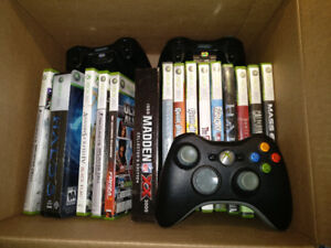 Xbox 360 - 16 Games - 3 Controllers