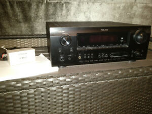 MINT Denon AVR 889 7.1 w/original accessories & manual $350