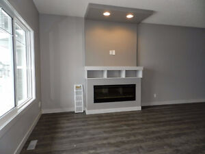 PET FRIENDLY house in Chappelle Edmonton Double Garage Feb 1