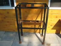 METAL WORKBENCH/STAND