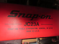 Snap-on mechanic garage creeper   Reduced  Prix reduit