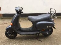 2000 Piaggio Vespa ET2 50cc 2 stroke scooter learner legal 50 cc