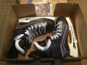 "Bauer Vapor X700 Junior 1D Hockey Skates NEW! ""Winter is Here!"""